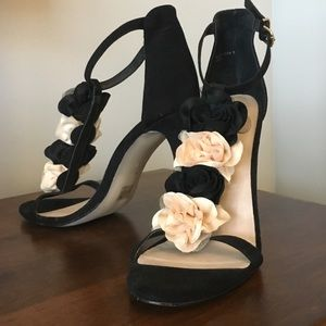 NWOT!! Flirty heels
